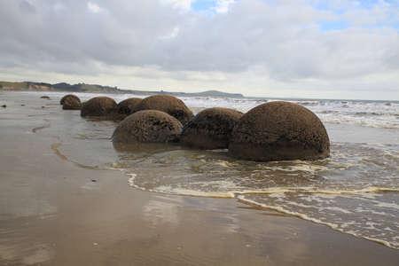 Moeraki Boulders Koekohe Beach an der Küste von Otago auf der Südinsel Neuseelands