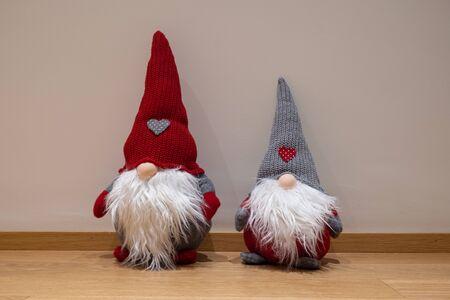 Christmas-dwarfs with a simple background Archivio Fotografico - 137255524