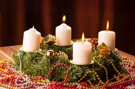 Advent+Adventskranz, Die drei Advents Kerzen leuchten. Stock Photo