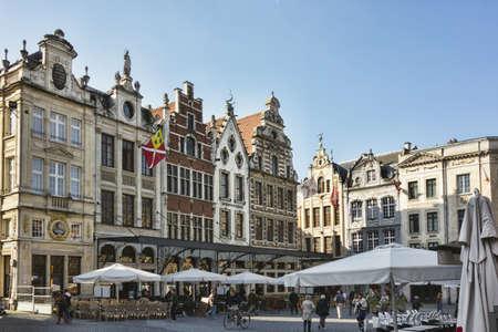 leuven: Groote Markt in Leuven, Flanders, Belgium