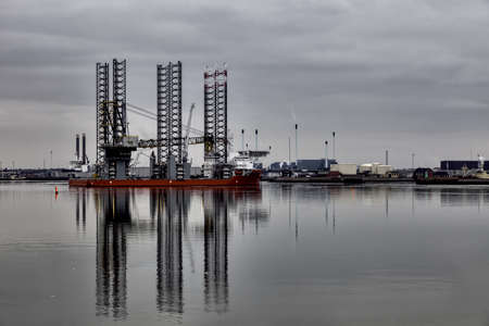 Offshore drilling rig in Esbjerg harbor, Denmark Stock Photo - 17896776