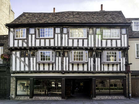 timbered: Half-timbered old house in Cambridge, England