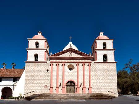 santa barbara: The historic Santa Barbara Spanish Mission in California, USA Stock Photo