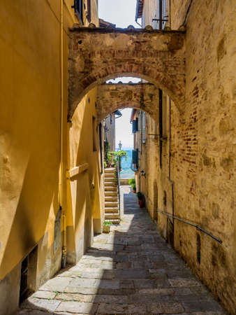 montepulciano: Small streets in Montepulciano Tuscany, Italy