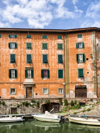 リヴォルノ、トスカーナ イタリア - 運河とも呼ばれる小さな Venize