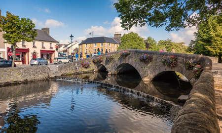 カウンティーメイヨー、アイルランドのウェスト ポート ブリッジ 写真素材