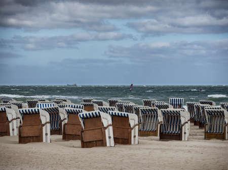 Beach baskets on a windy day in Warnemunde at the Baltic Sea Standard-Bild