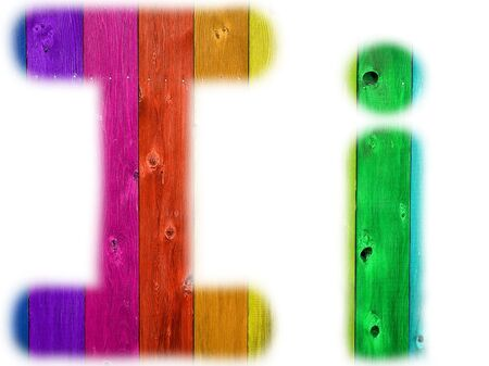 De brief die ik met een houten regenboog achtergrond Stockfoto