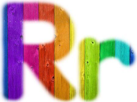 De letter R met een houten regenboog achtergrond