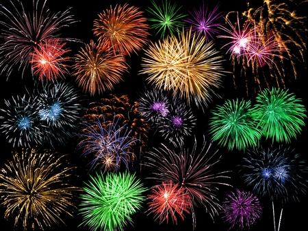 Collage van veelkleurige Fireworks tegen een zwarte lucht