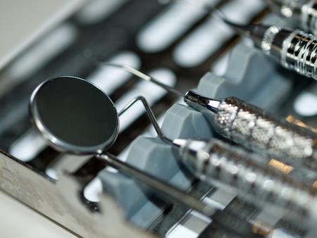 Set of Metal Medical Equipment for Dental Care Foto de archivo