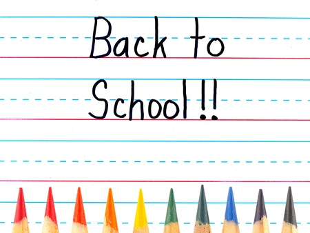 色鉛筆で並んで乾燥消去ボードに書いて学校に戻る
