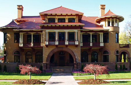 Vintage Old Fashioned Mansion Building on Sunny Day