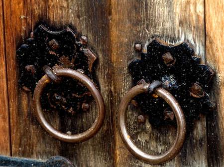 tocar la puerta: Knock puerta de madera