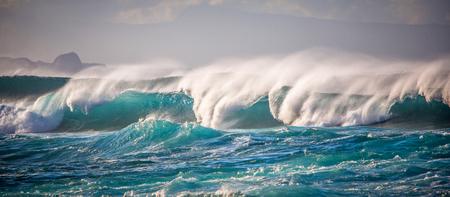 Shorebreak on Maui Hawaii Éditoriale