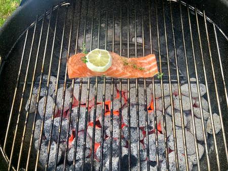 Salmon fish on a grill Zdjęcie Seryjne