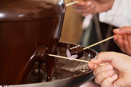 marshmallows: chocolate fountain