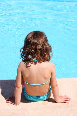 sun bathing: sun bathing