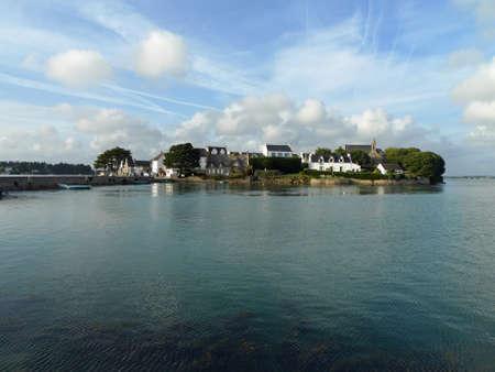 Saint Cado islet in the Etel gulf. Banco de Imagens