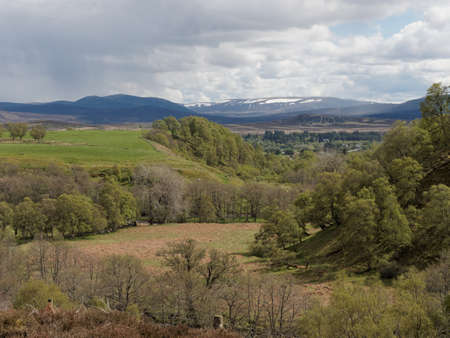 West side of Glen Banchor, with the Cairngorms in the background, Scotland in spring Banco de Imagens