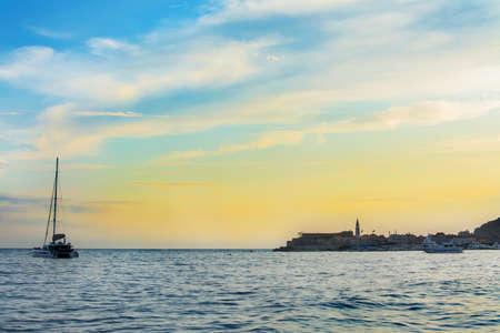beach on the Adriatic Sea, sunset, Budva, Montenegro 版權商用圖片