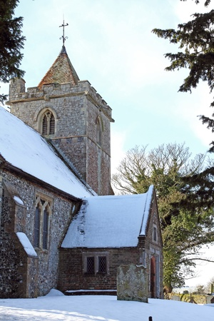 East Langdon Church, Kent in winter   Stock Photo