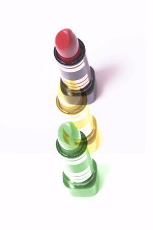 교통 신호등을 나타내는 립스틱 스톡 콘텐츠