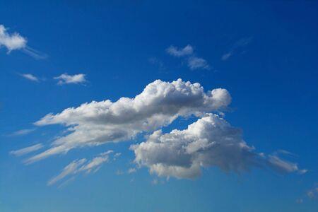 clouds over blue sky Imagens