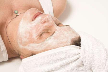 cremas faciales: Spa m�scara sobre blanco