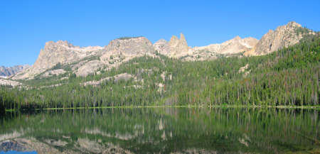 sawtooth national forest: Hell Roaring Lake in the Sawooth National Recreation Area in Idaho