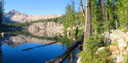 sawtooth national forest: Edna Lake in the Sawtooth Wilderness in Idaho