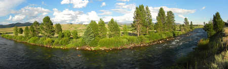 sawtooth national forest: Salmon River and Sawtooth Valley in Idaho