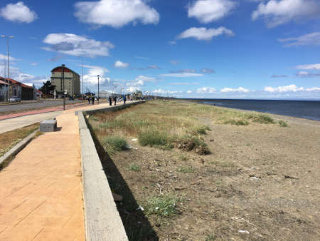 strait of magellan: Walkway along the Strait of Magellan in Punta Arenas, Chile