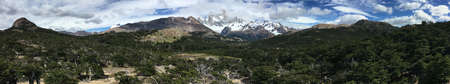 fitz roy: Fitz Roy panorama in Los Glaciares National Park, Argentina