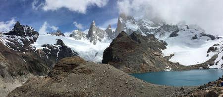 fitz roy: Fitz Roy and Laguna de los Tres in Argentina