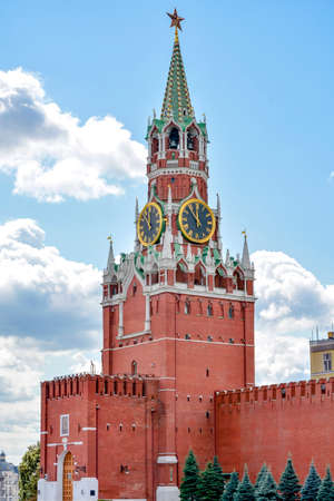 spasskaya: Spasskaya clock tower in Kremlin Moscow, one of the most prominent points in their walls views of Red Square