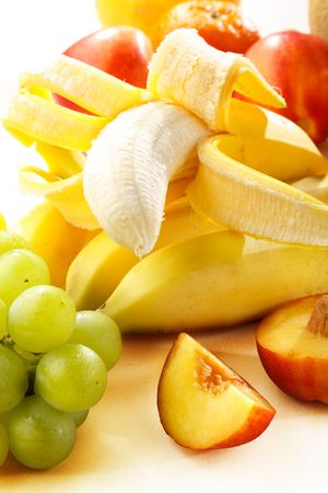 vitamines: Fresh fruits in a summer mood