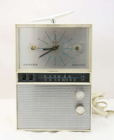 short wave: Lloyds Solid State Clock