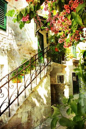 backstreet: courtyard of old Croatia