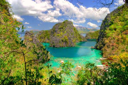 amazing blue lagoon Stock Photo - 4589252