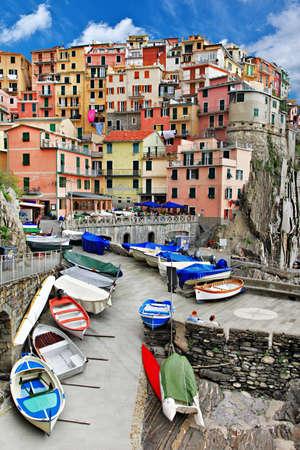 liguria: beautiful Monarolla - colorful fishing village, Cinque terre
