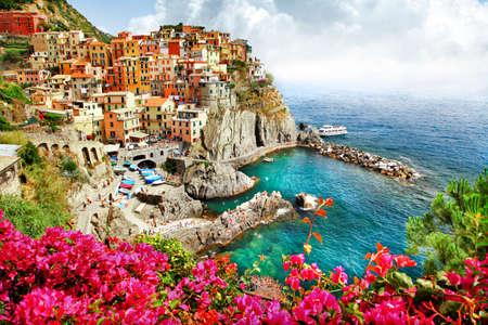 Monarola - 신 케이는 terre에 아름다운 마을. 이탈리아 스톡 콘텐츠