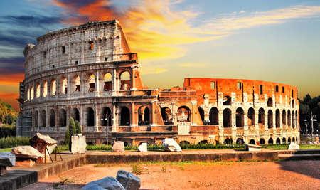 Grote Colosseum in zonsondergang. Rome Stockfoto