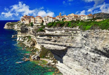 Bonifaccio, ville dans les roches, la Corse Banque d'images - 34297170