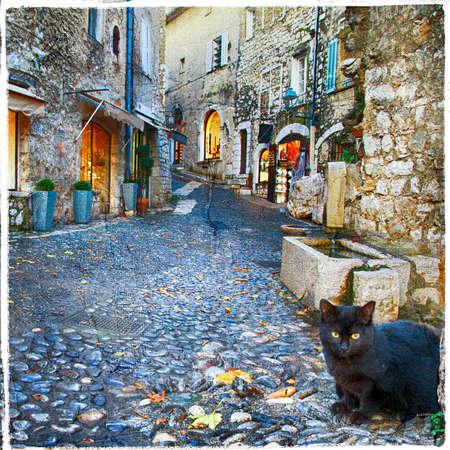 프랑스의 중세 마을의 매력적인 옛 거리 (세인트 폴 드 방스)