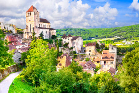 聖シルウ lapopie - フランスで最も美しい村の一つ 写真素材