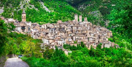 abruzzo: Borgi medieval Italy Pacentro. Abruzzo Stock Photo