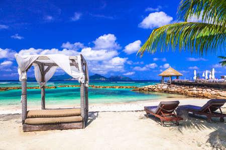 playas tropicales: playas Holidays- tropicales de las islas Seychelles, Mahe