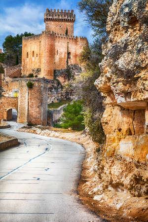 medieval castles of Spain - Alarcon