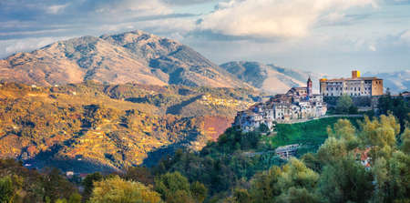 fortify: beaiful villages and scenec landscapes of Italy, San vito romano Editorial
